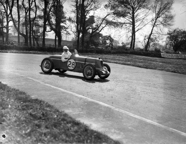 1935 Second Meeting. DONINGTON PARK, UNITED KINGDOM - MAY 11