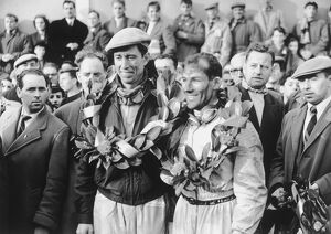 1955 Tourist Trophy: Stirling Moss / John Fitch, 1st position, with the winning laurels