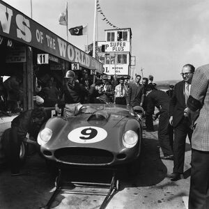 1959 Tourist Trophy: Tony Brooks/Dan Gurney, 5th position, pit stop and driver change