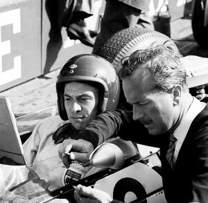 1963 Dutch Grand Prix - Jim Clark and Colin Chapman: Jim Clark with team boss Colin