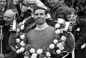 1965 British Grand Prix - Jim Clark: Jim Clark, Lotus 33-Climax, 1st position, podium