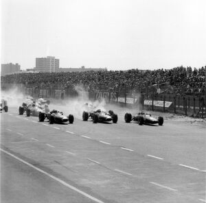 1966 Dutch Grand Prix - Start: Jack Brabham, Brabham BT19-Repco, 1st position, Denny Hulme