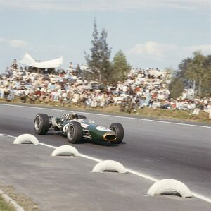 1966 Mexican Grand Prix: Jack Brabham 2nd position