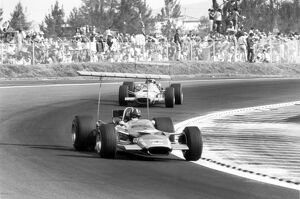 1968 Mexican Grand Prix - Graham Hill and Jackie Stewart: Graham Hill, Lotus 49B-Ford