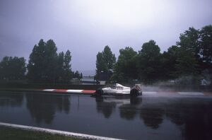 1989 Canadian Grand Prix: Derek Warwick, retired, action