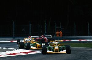grand prix decades/1990s 1992 formula 1 italy/formula world championship martin brundle benetton