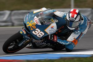 2010 motogp races/rd10 czech republic grand prix/motogp bradley smith aspar aprilia took first
